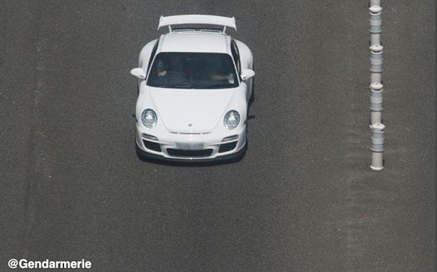 White Porsche 911 GT3