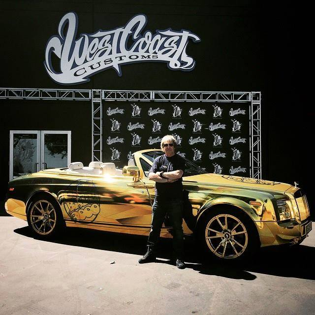 Team: Team Goldfinger Car: Rolls Royce Phantom Drophead
